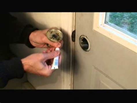 How To Fix A Door Lock by How To Repair A Door Lock