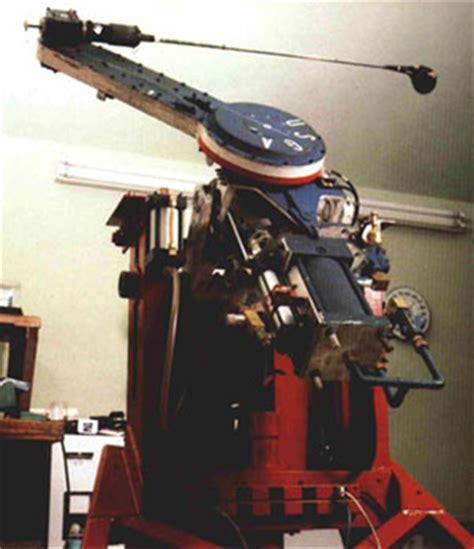 mechanical golf swing machine backswing