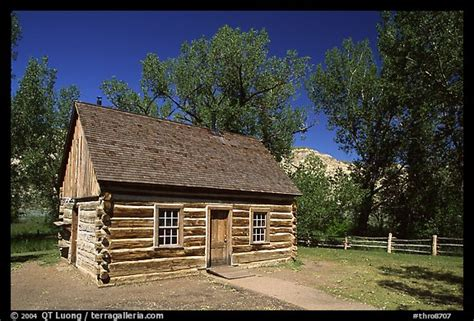 Maltese Cross Cabin by Picture Photo Roosevelt S Maltese Cross Cabin Afternoon