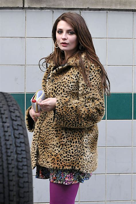 Style Mischa Barton Fabsugar Want Need 4 by Mischa Barton Quot And Order Svu Quot 3 Zimbio