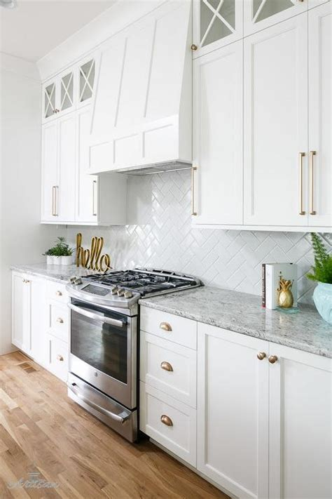 White Shaker Cabinets Gold Pulls Design Ideas White Kitchen Cabinet Handles