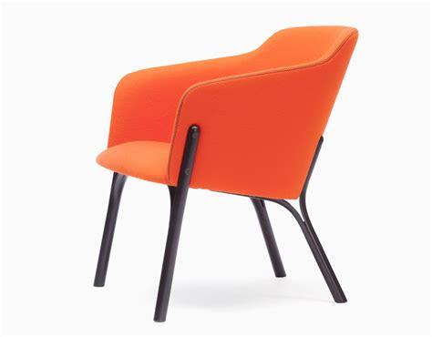 designboom chair arik levy adapts wood bending technology in split bloom