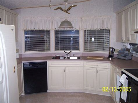 how to install lower kitchen cabinets how to install lower kitchen cabinets kitchen cabinets