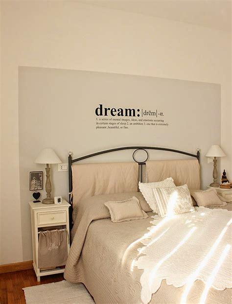 dipingere da letto due colori scritte su pareti da letto tm13 pineglen
