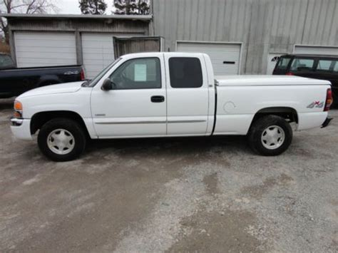 sell used 2006 gmc sierra k1500 hybrid gas electric extended cab pickup truck 907a salvage in