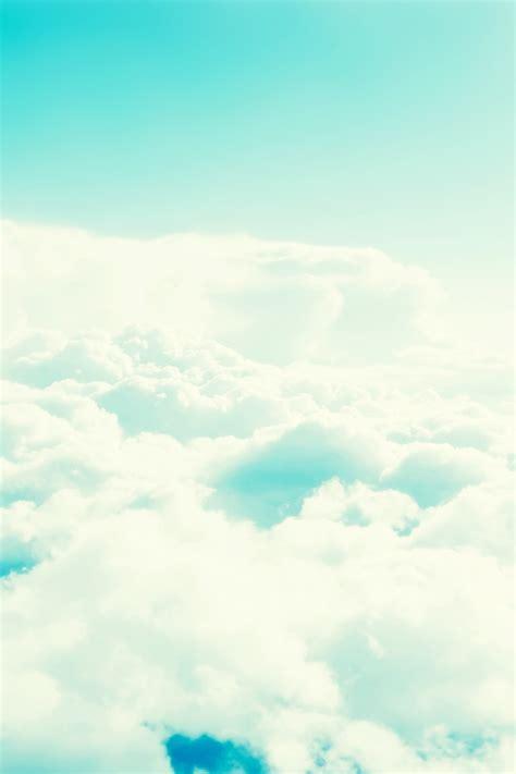 Cloudy Blue Iphone 666s6s77 640x960 light blue cloudy sky iphone 4 wallpaper