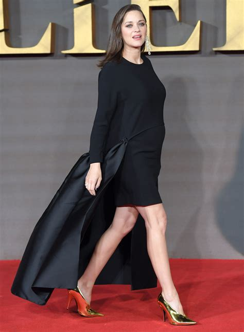 Marion Search Marion Cotillard Just Wore A Revolutionary Lbd