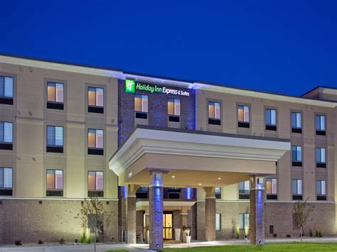 inn express suites lincoln airport hotel by ihg