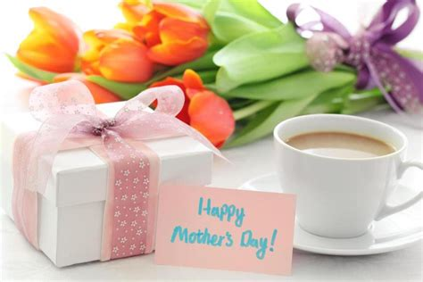 best mother days gifts best mother s day gifts as picked by moms best buy blog