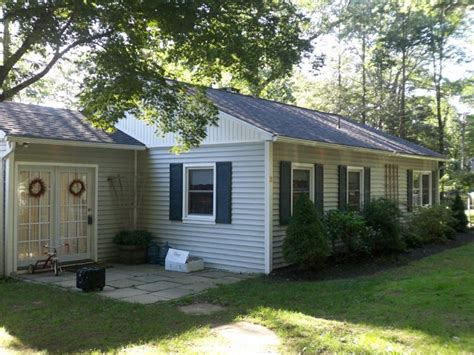 new fairfield ct home for sale adorable 2 bedroom ranch