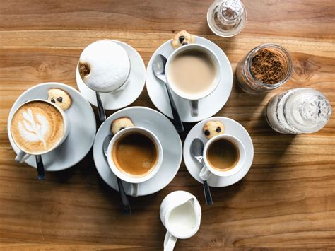 Free picture: coffee, ceramic, milk, table, drink, cocoa, sugar, biscuits, sweet