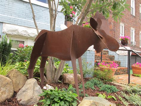Moose Yard Decorations by Lawn Decoration Of The Day Popville