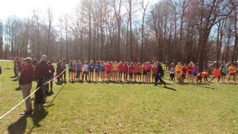 scuola carlo porta erba canzo in 200 per la giornata sportiva liceo carlo