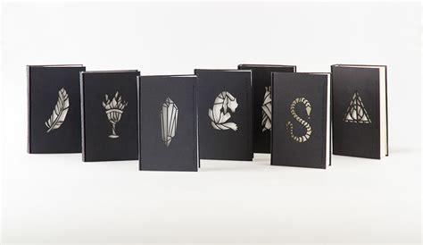 libro set in darkness a los m 225 gicos libros de harry potter con portadas que brillan en la oscuridad creadas por kincso