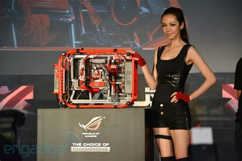Mat Credit Formula Asus Rog Reveals The Ultimate Gaming Machine The Poseidon Formula One