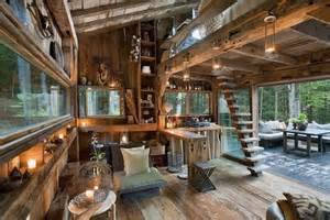 Inspiration Station: Living Off the Grid   A Green(ish) Life
