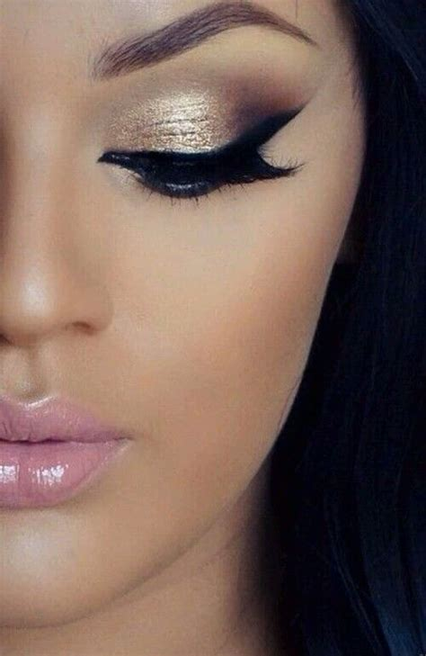 how to create a stylish black and gold 3d text effect in light up eyes with black and gold makeup womenitems com
