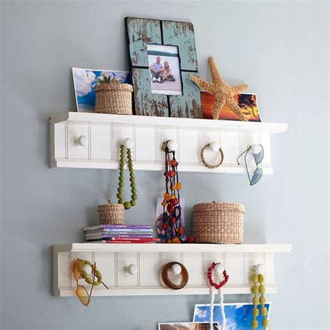 Shelf Decorating Ideas by Easy Wall Decoration Ideas For Rooms