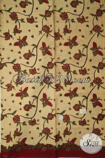 Gamis Syari Nazla Kupu Salem Jumbo kain batik warna salem dengan motif kupu dan bunga dalam satu kain model baju batik modern 2018