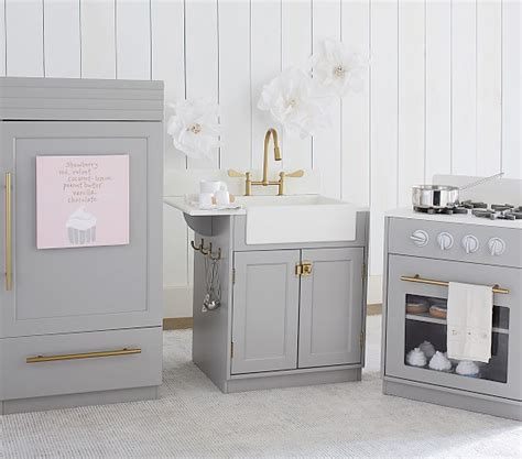 chelsea kitchen collection pottery barn