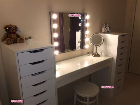 Guerriero Vanity by 20 Best Images About Make Up Vanity On Cutlery