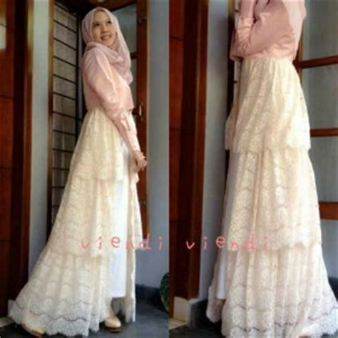 Atasan Bahan Wolfis Mix Ruby gaun mix brokat model maxi dress hijabers terbaru