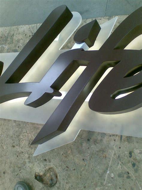 lettere a led quadri luminosi con lettere illuminate a led prezzi