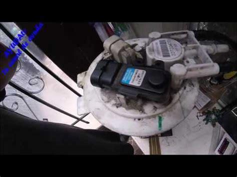 como cambiar el sensor de presión de combustible (pressure