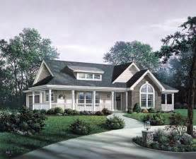 country craftsman house plans bungalow country craftsman ranch house plan 87811