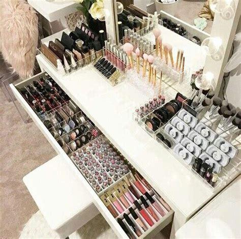 Vanity Table Organization Ideas by Best 25 Makeup Storage Ideas On Makeup Holder