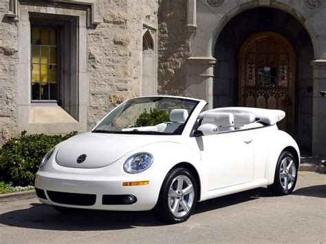 volkswagen beetle white convertible volkswagen white beetle convertible vw bug