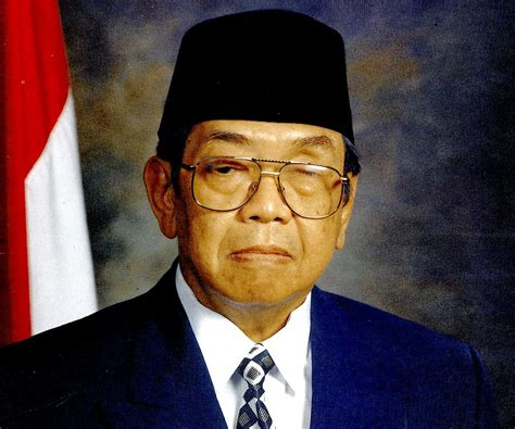 Bio Indonesia by Abdurrahman Wahid Biography Childhood Achievements