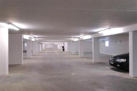 scheune zu mieten gesucht suche tief garagenstellplatz in n 252 rnberg vermietung