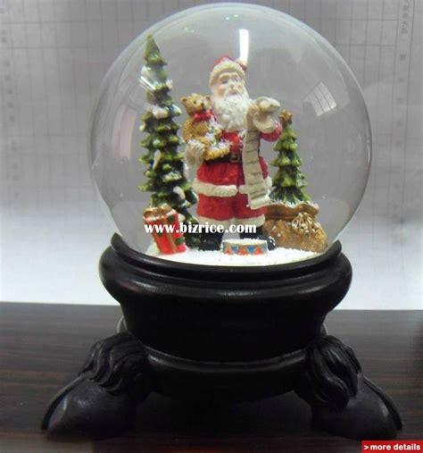 christmas snow globes christmas snowman snow globe