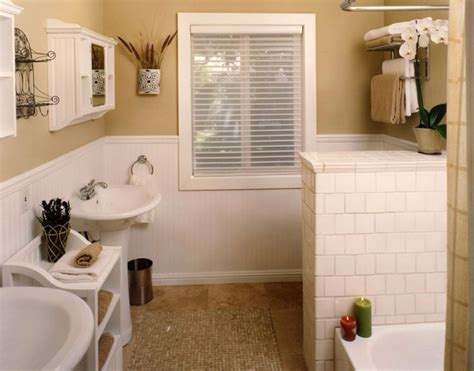 wainscoting bathroom ideas 12 best images about wainscoting on pinterest
