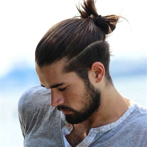hairstyle for men with chiseled jaws top 7 men s hairstyles for square faces and chiseled jaws