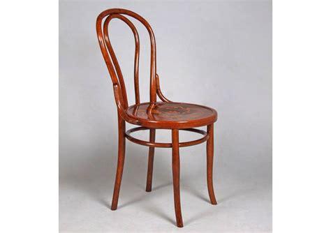 chaise n 14 c 233 l 232 bre et ind 233 modable chaise thonet n 176 14 meuble et