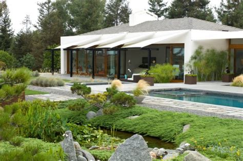 modern backyard 16 captivating modern landscape designs for a modern backyard