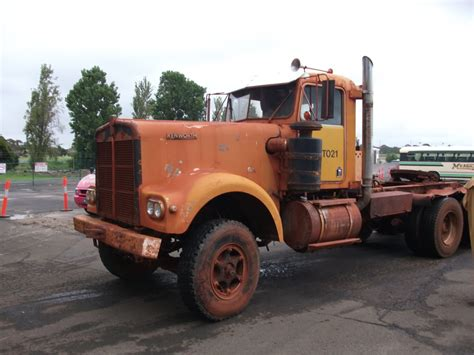 old kenworth trucks old kenworth and peterbilt google search peterbilt