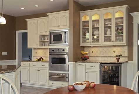 kitchen transformed from tired to tremendous ovens