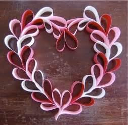 Paper Hearts Craft - valentines day paper wreath true i m