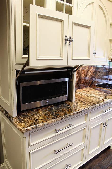 kitchen cabinets countertops evansville in
