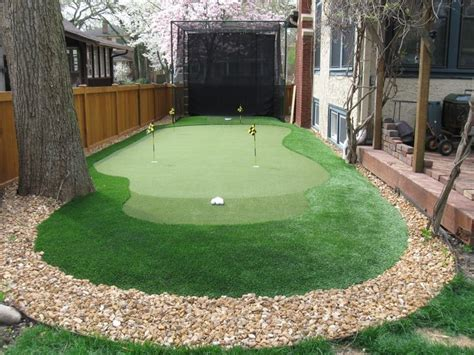 triyae artificial grass backyard putting greens