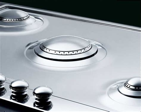 28 Inch Cooktop by Smeg Pu75 28 Inch Gas Cooktop With 5 Sealed Burners 1