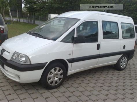 peugeot expert 2 0 hdi 5 seater 2005 estate minibus up