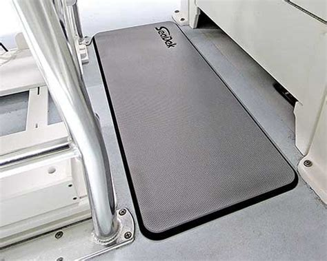 anti fatigue boat floor mats getting rid of boat vibrations boatus magazine