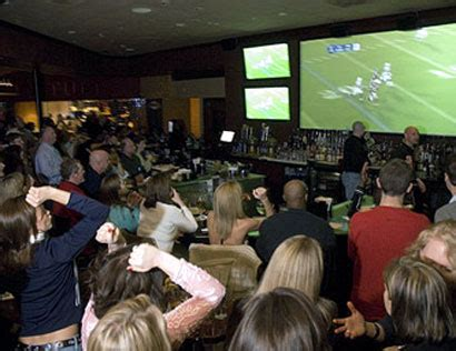 top bars in atlanta best sports bars in atlanta 171 cbs atlanta