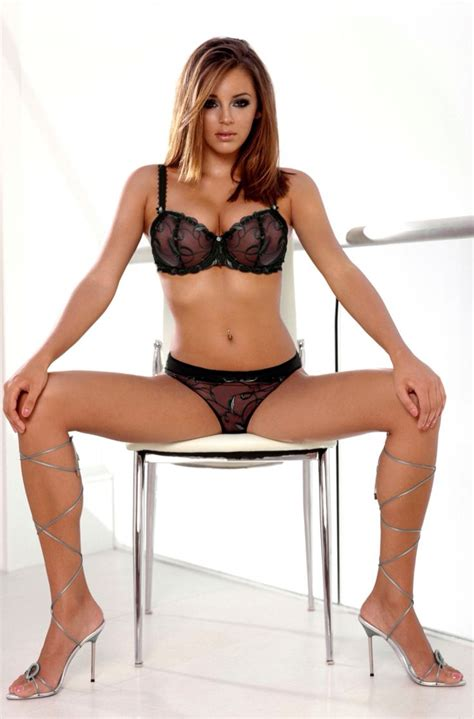 model mariyam heels pictures to pin on re hanna keeley hazell keeley hazell pinterest lingerie