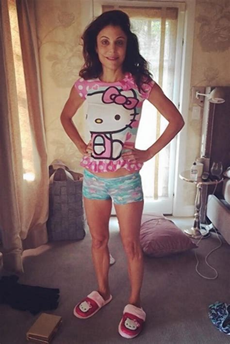 bethenny frankel poses in her 4 year old daughter s