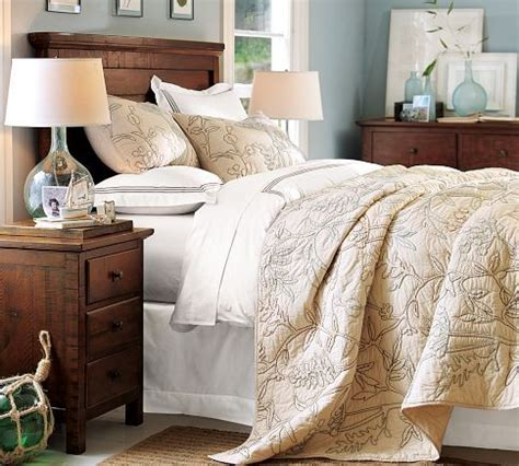 rustic bedroom colors 16 best images about mahogany furniture master bedroom on